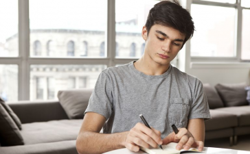 3 Best Tips For Writing A College Admissions Essay