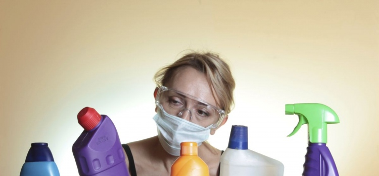 How To Use Chemical Cleaning Products Efficiently?