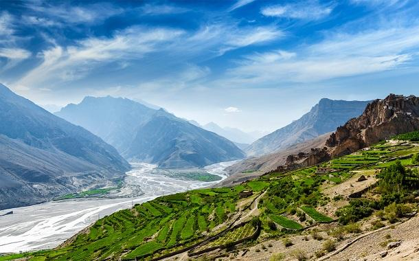 Get Awesome Experience By Planning For A Tour To Himachal And Uttarakhand