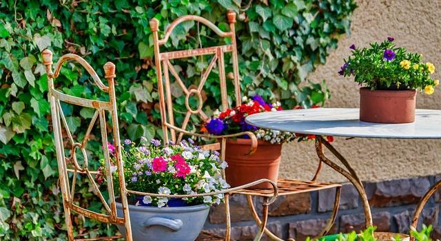Space-Saving Ideas For Small City Gardens